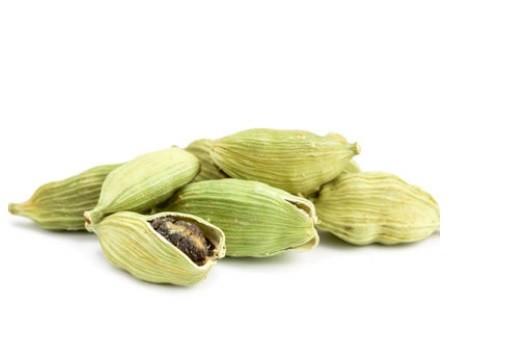 utilizările uleiului esențial de cardamom
